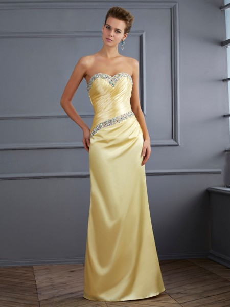 Trompeta/Sirena Escote de Corazón Sin Mangas Abalorios Largo Satén Elástico Vestidos