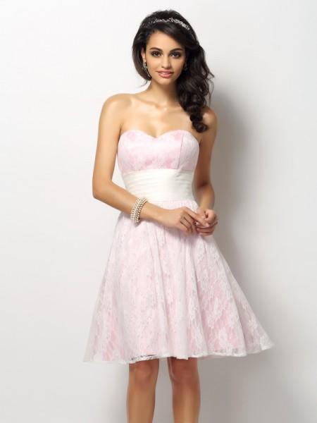 Corte en A/Princesa Escote de Corazón Encaje Sin Mangas Corto Satén Vestidos de dama de honor