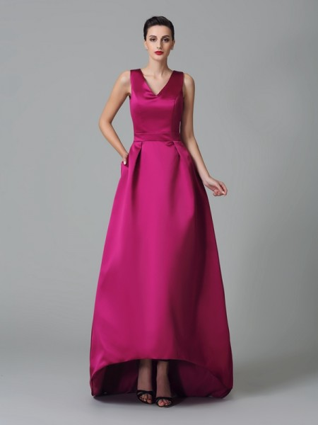 Corte en A/Princesa Tirantes Fruncido Sin Mangas Asimétrico Satén Vestidos de dama de honor