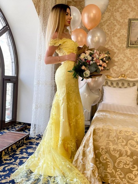 Trumpet/Mermaid Lace Applique Off-the-Shoulder Sleeveless Sweep/Brush Train Dresses