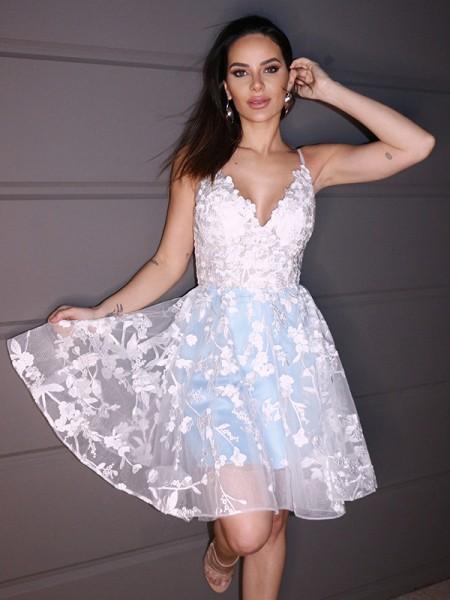 A-Line/Princess Lace Applique V-neck Sleeveless Short/Mini Homecoming Dresses
