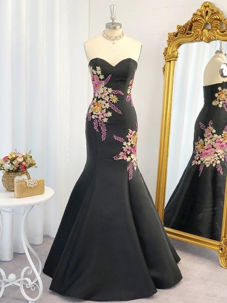 Trompeta/Sirena Satén Embroidery Escote de Corazón Sin Mangas Hasta el Suelo Vestidos