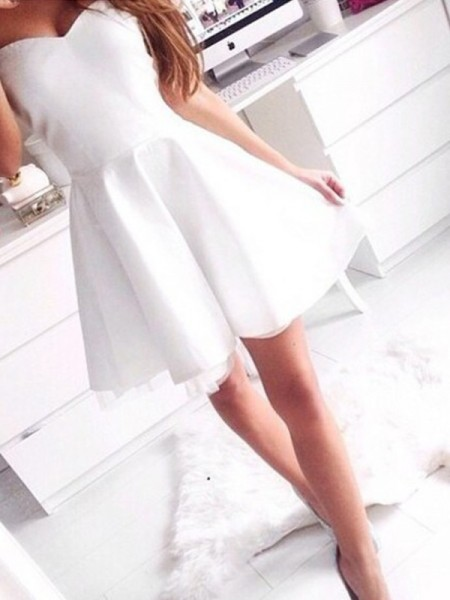 Corte en A/Princesa Sin Mangas Escote de Corazón Corto/Mini Satén Vestidos