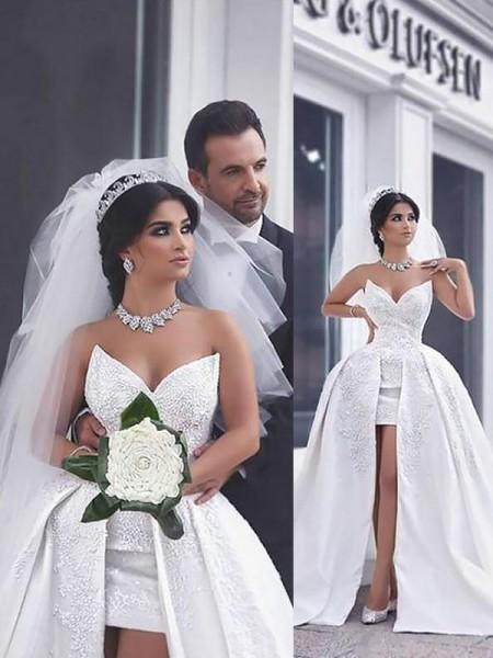 Evasé Abalorios Satén Sin Mangas Cola de Capilla Escote de Corazón Vestidos de Novia