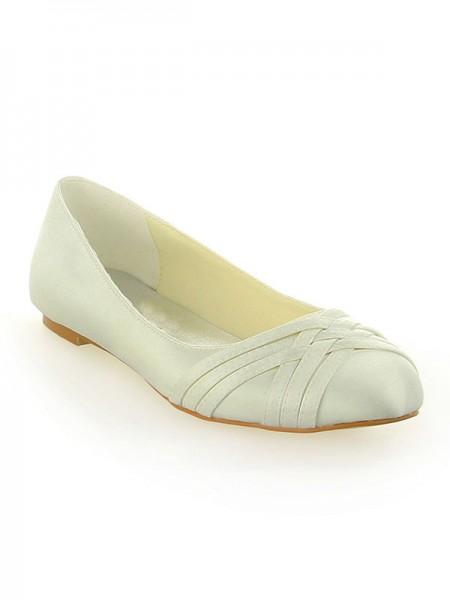 De las mujeres Satén Punta Cerrada Talón Plano Ivory Zapatos de boda